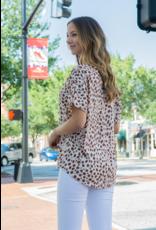 Entro Leora - Spotted V-Neck Short Sleeve Top