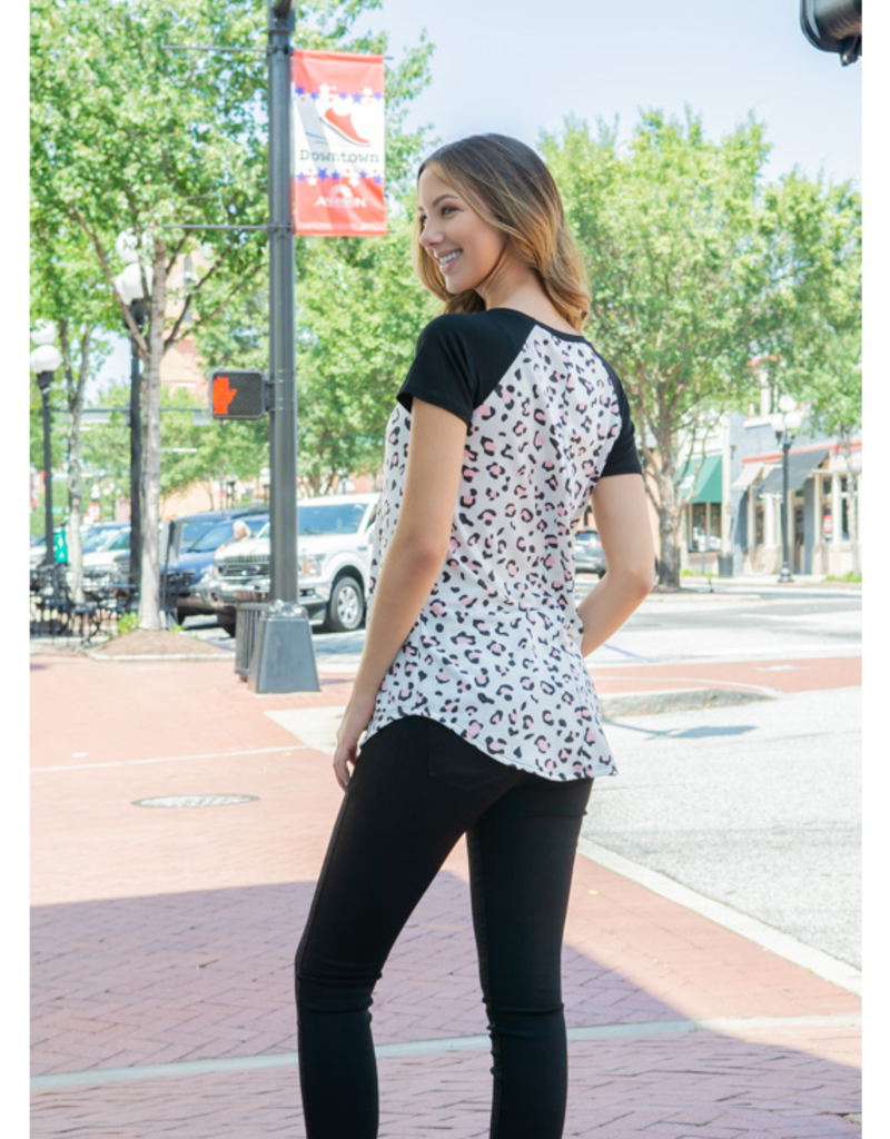 A.gain Summer - Animal Print with Contrast Top