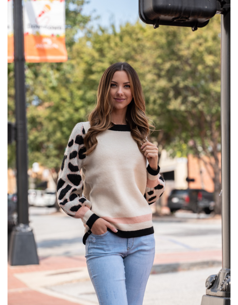 Entro Euphia - Faux Mohair Sweater with Leopard Contrast Sleeves