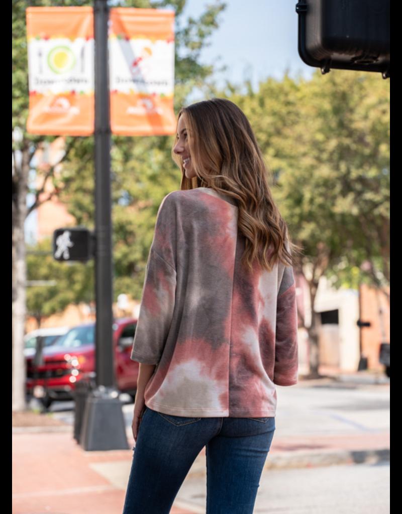 Entro Lula Jean -Tie-Dye Print 3/4 Sleeve Scoop Neck Top