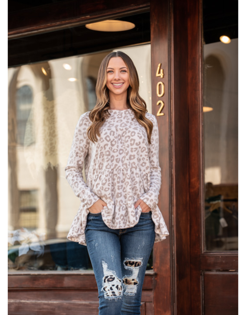 Entro Rilda - Leopard Print Scoop Neck Tiered Long Sleeve - Rilda