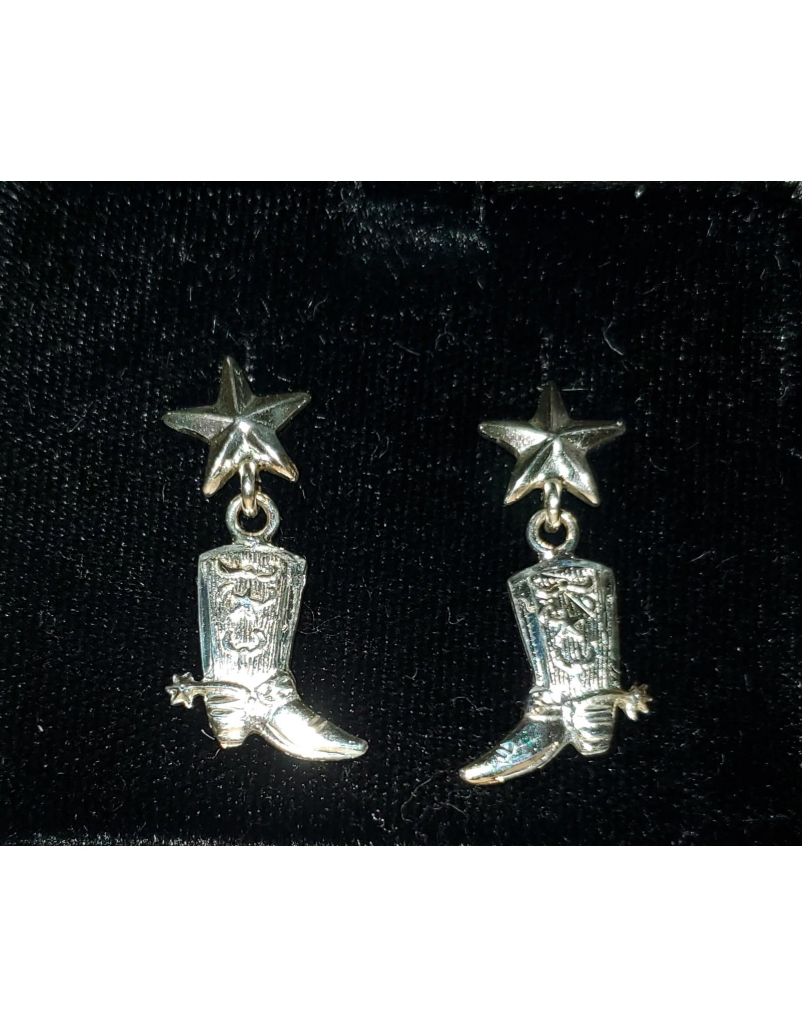 The Miss Dollys Post Earrings