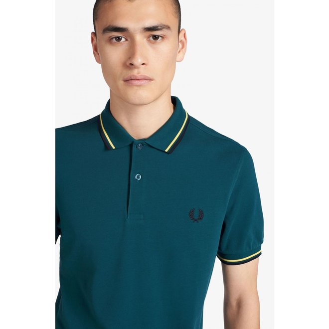 Twin Tipped Fred Perry Shirt in Petrol/Daffodil/Navy