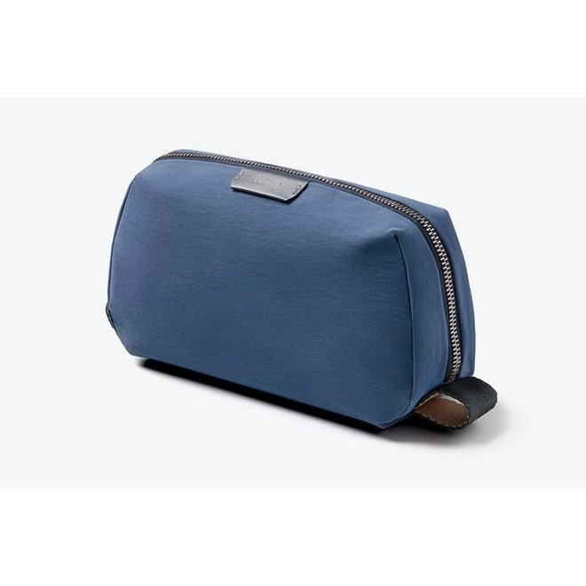 Dopp Kit in Marine Blue