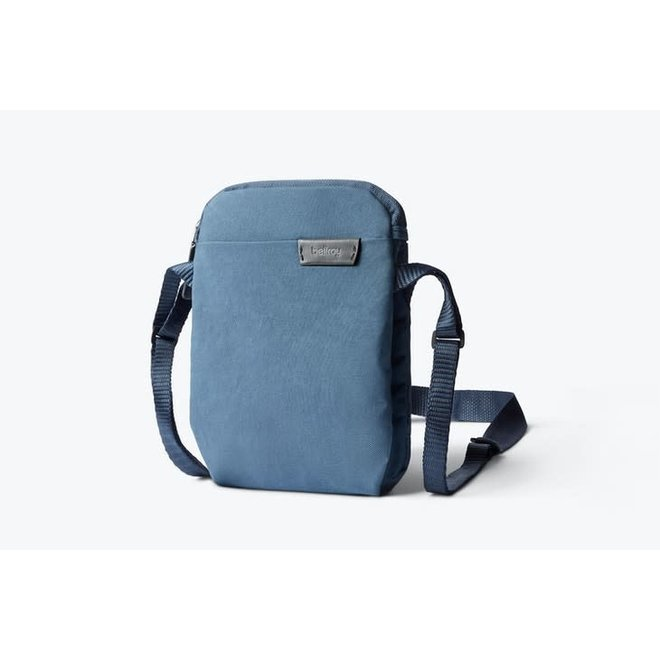 City Pouch in Marine Blue