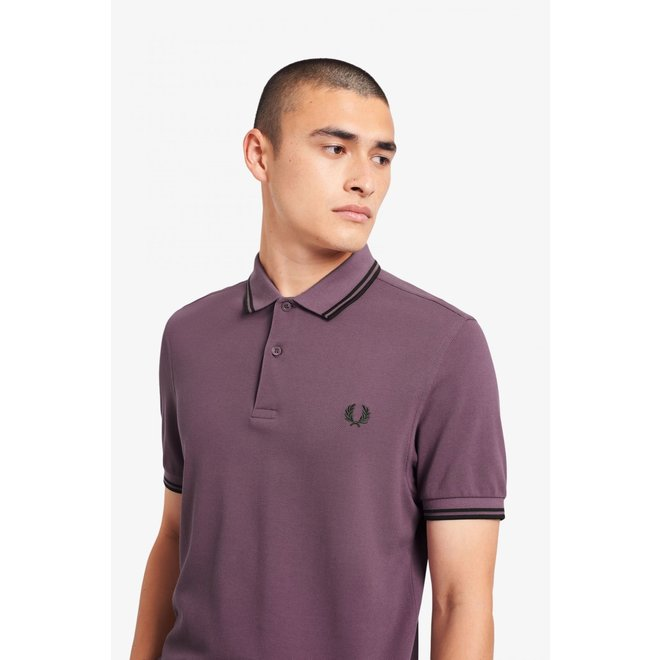 Twin Tipped Fred Perry Shirt in Black Plum/Hunting Green/Hunting Green
