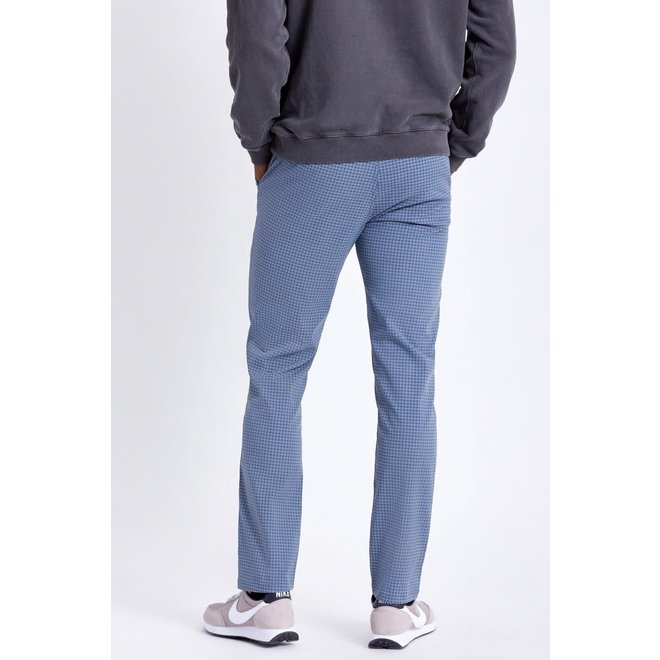 Choice Chino Taper Crossover Pant in Joe Blue/Grey Houndstooth