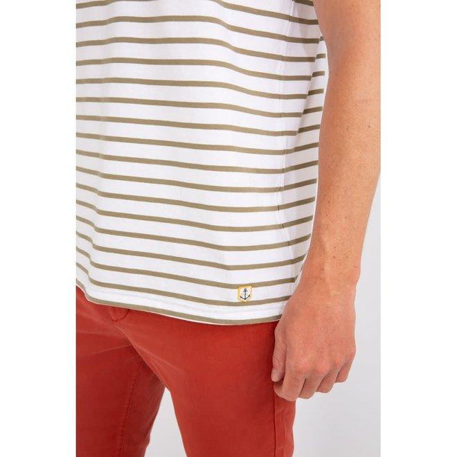 "Sailor ""Hoedic"" T-Shirt in White/Fern Khaki"