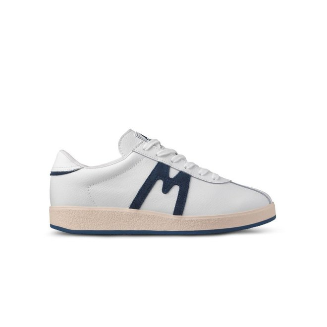 Trampas in Bright White/Ensign Blue