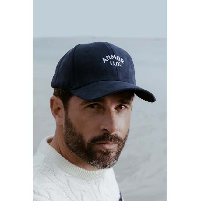 Embroidered Logo Cap in Navy