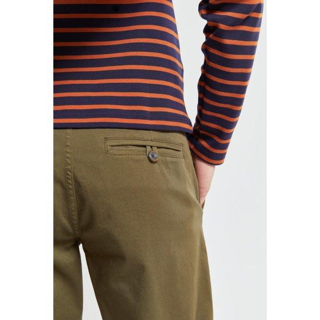 Chino Pants in Khaki