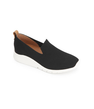 Gentle Souls Black Loafer-Sneaker