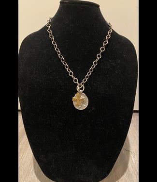 zowee Silver/bronze chain w/coin