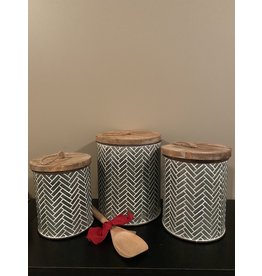 PD Home & Garden Embossed Metal with White Accent Canister Medium