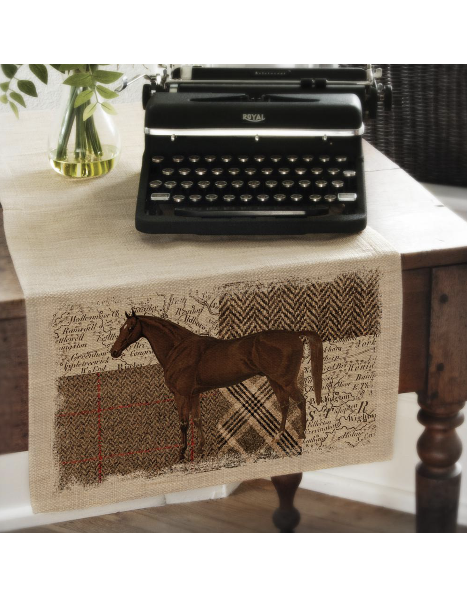 Heritage Lace Quarter Horse Table Runner