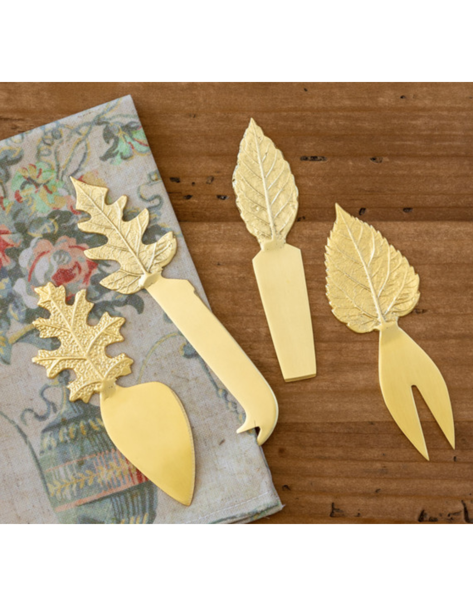 Park Hill Embossed Brass Leaf Cheese Servers Boxed Set