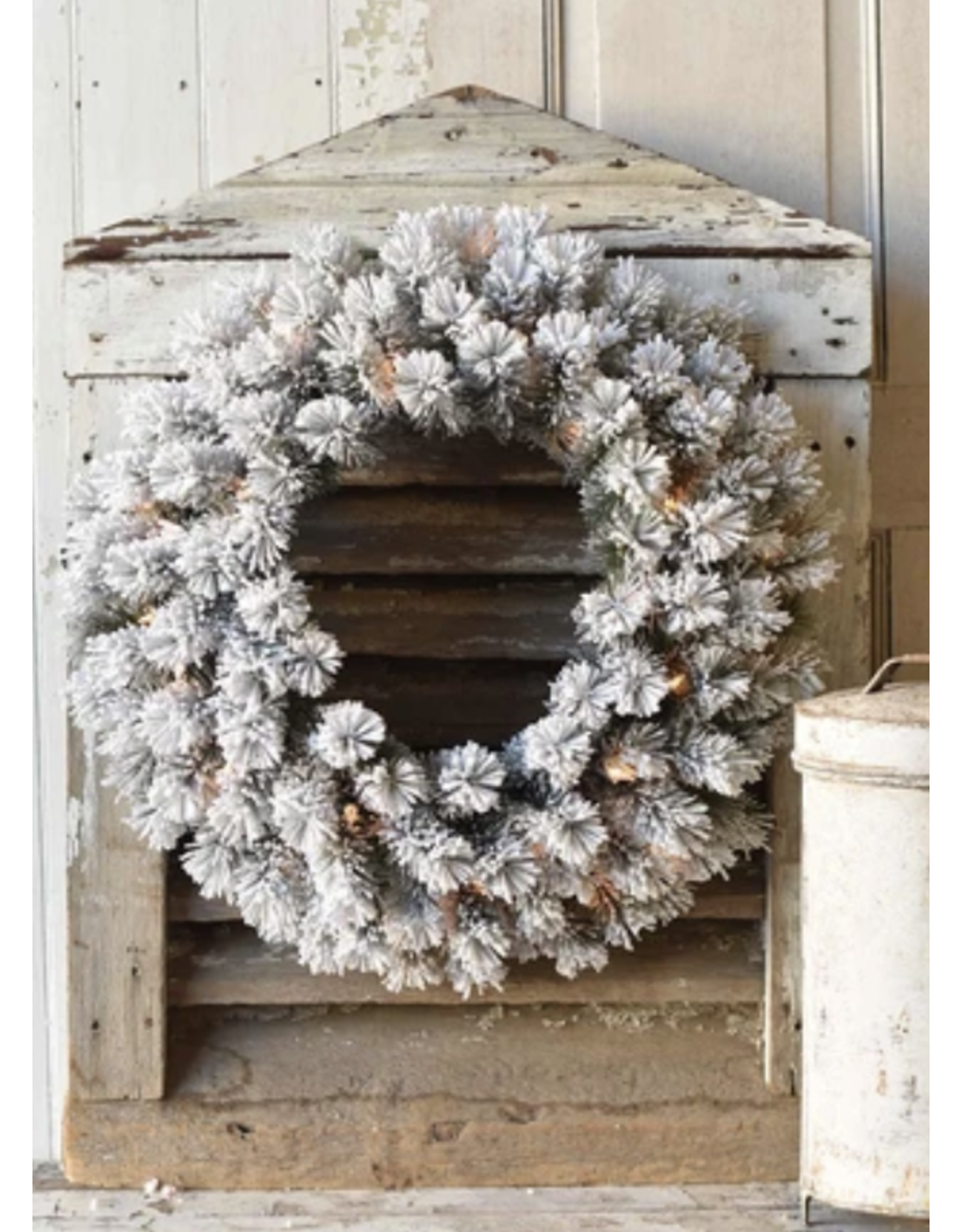 "Lancaster & Vintage Snowbound Wreath with Lights 24"""