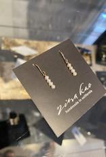 Zina Kao Tiny Pearl Stick Earring