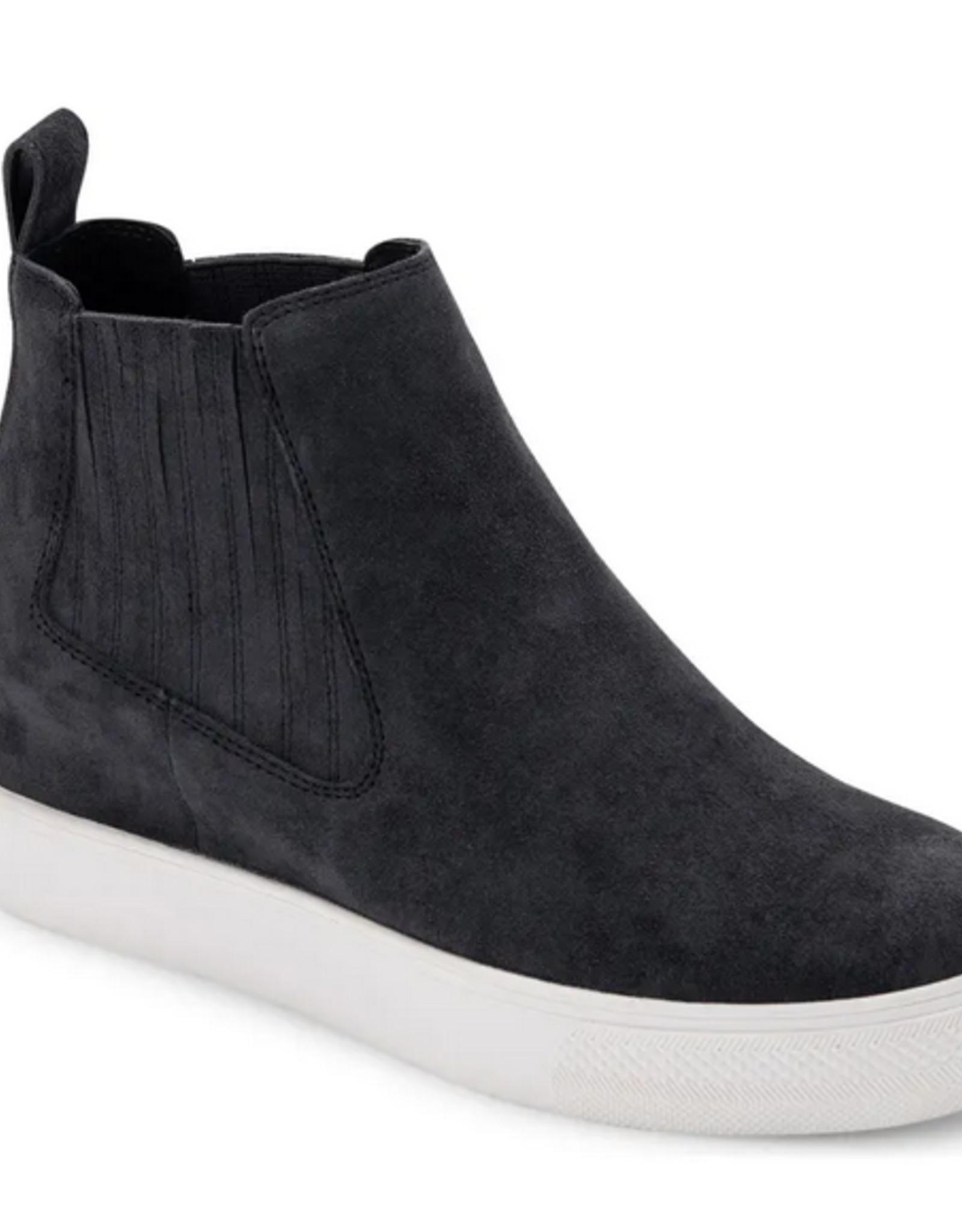 Dolce Vita Wynd Suede Sneaker