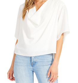 BB Dakota BB Dakota- Loosely inspired top