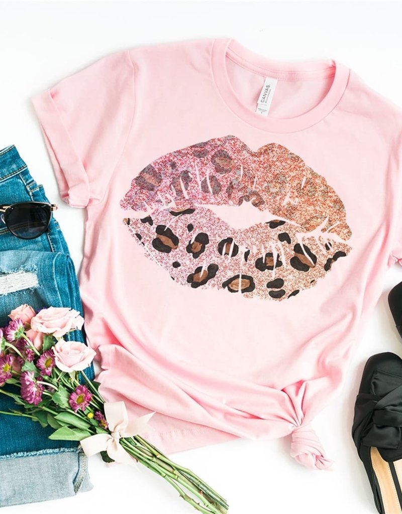 Leopard Lip Beauty Tee