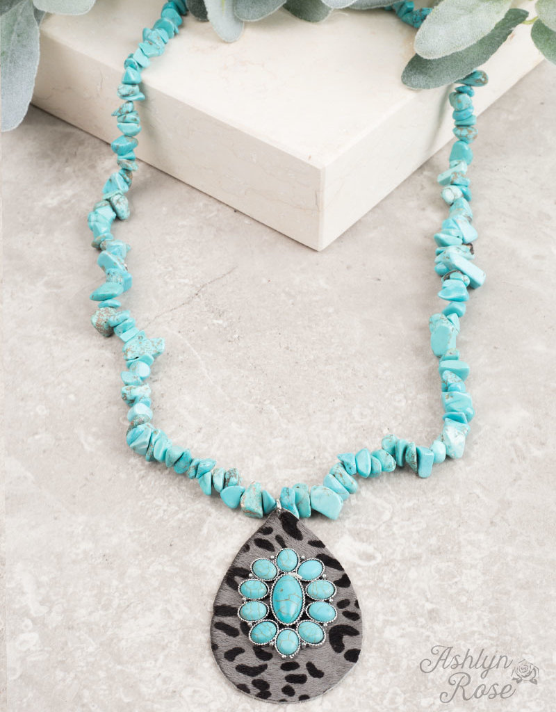 Country Chunky Stone Tassel Necklace