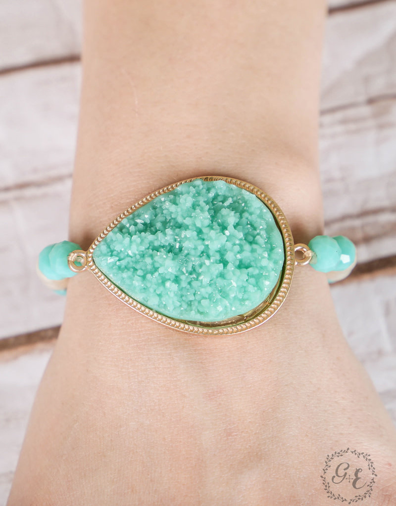 Druzy Crystal Teardrop Pendant on Beaded Stretch Bracelet