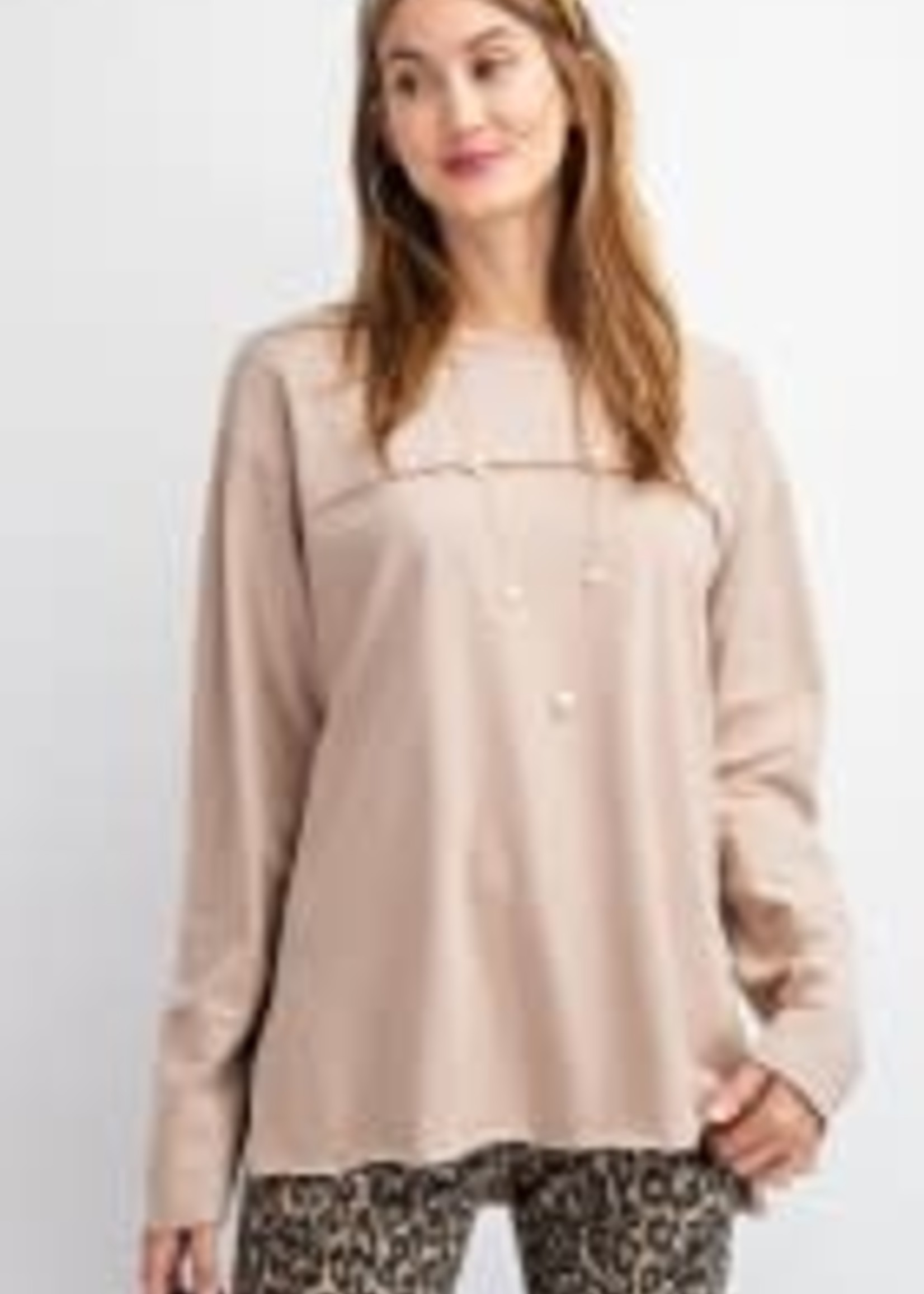Soft Brushed Cotton Knit Top w/ Outer Hems