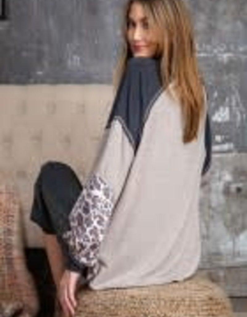 Loose Leopard Print Mix Melange Knit Top