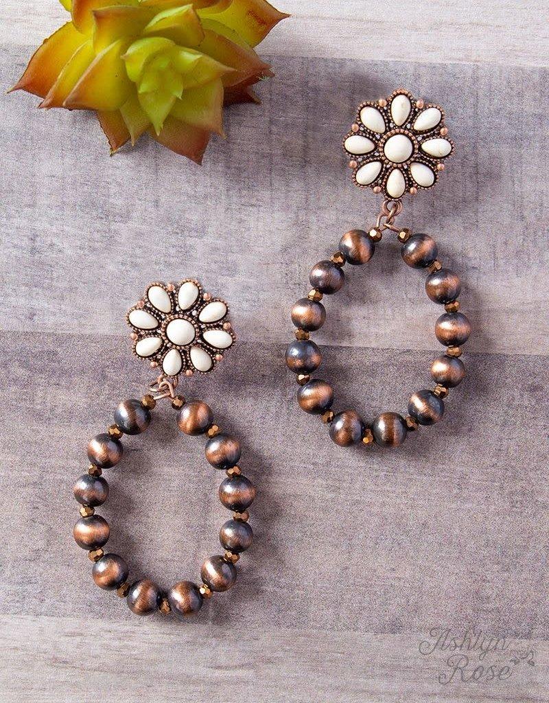 Flower Stone w/ Southern  Pearls Earrings