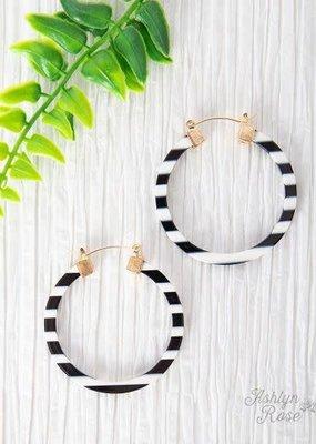 Matte Hoop w/ Gold Earrings