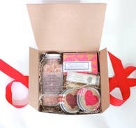 THE LITLE FLOWER SOAP CO VALENTINES SPA GIFT BOX MED