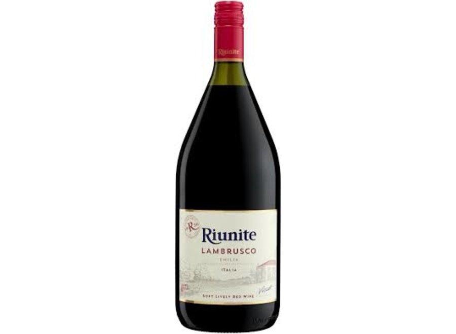 RIUNITE LAMBRUSCO EMILIA RED WINE 1.5L