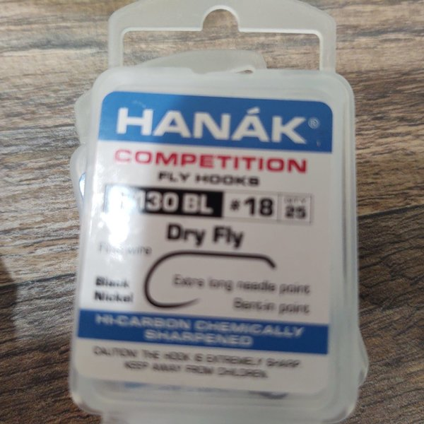 Hanak HANAK COMP HOOK DRY FLY H 130 BL #18  25 PACK