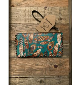 FEATHER PRINTED WRISTLET WALLET