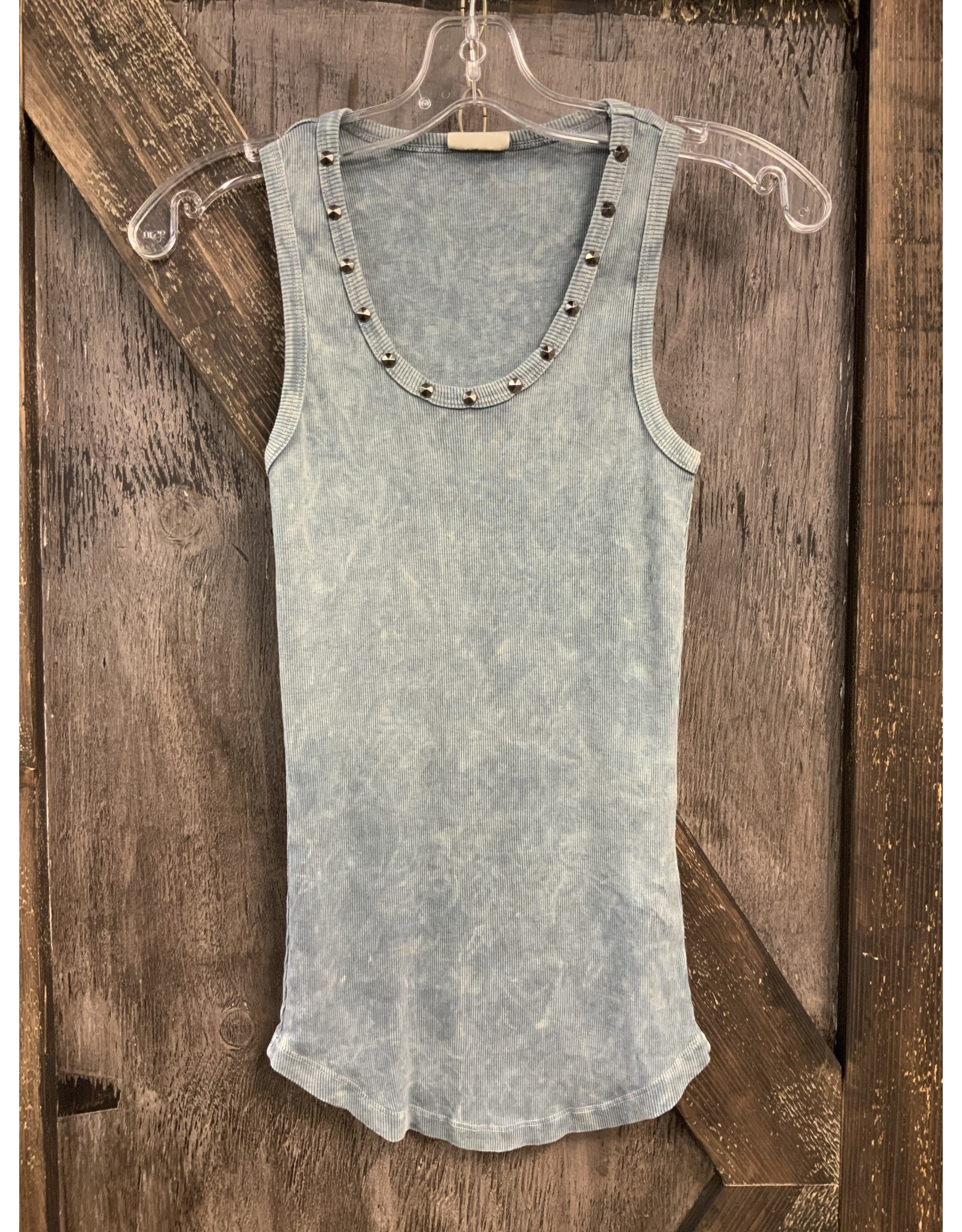 MINERAL WASHED BASIC LONG TANK W/STUDS ON NECKLINE