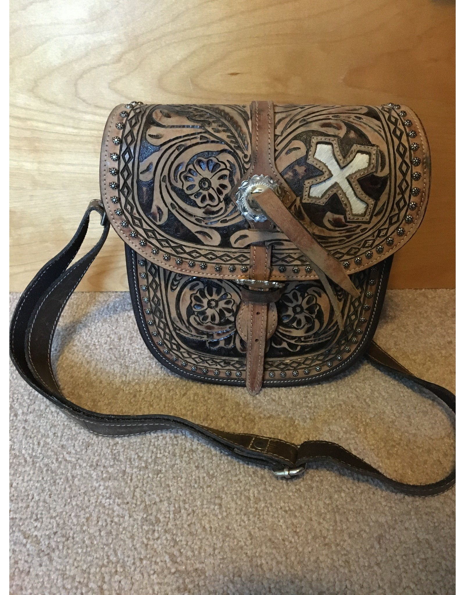 SADDLEBAG LADIES PURSE WITH CROSS ACCENT