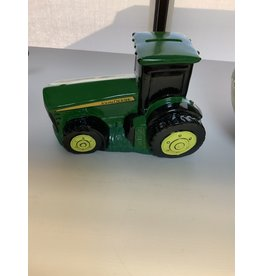 TRACTOR BANK