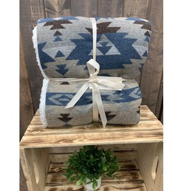 HiEnd Accents SOUTHWEST DESIGN THROW WITH SHEARLING BACK IN BLUE