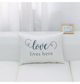 CUSHION LOVE LIVES HERE