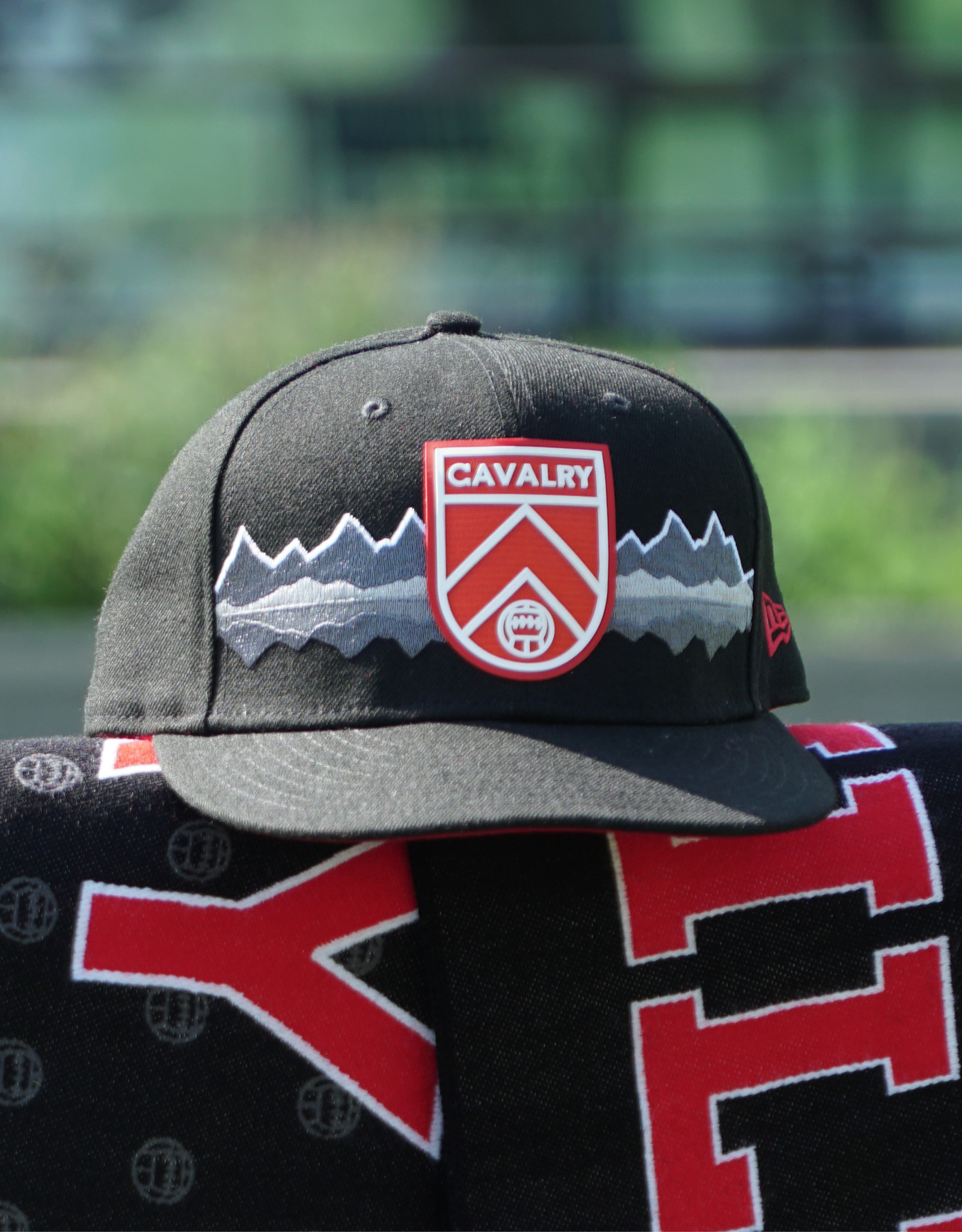 New Era Official On-Pitch Mountain City Cap