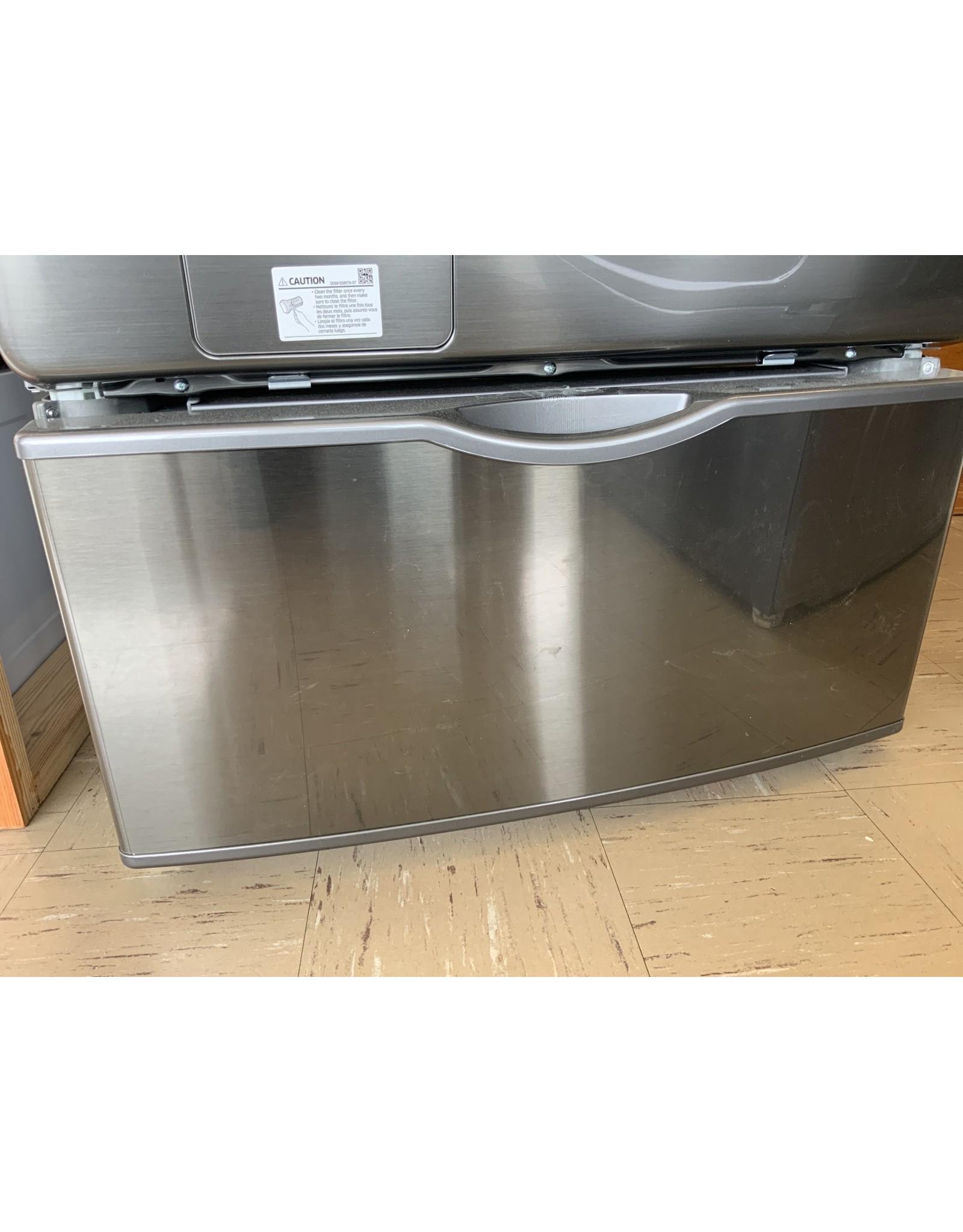 SAMSUNG WE402NP Samsung 14.2 in. Platinum Laundry Pedestal with Storage Drawer