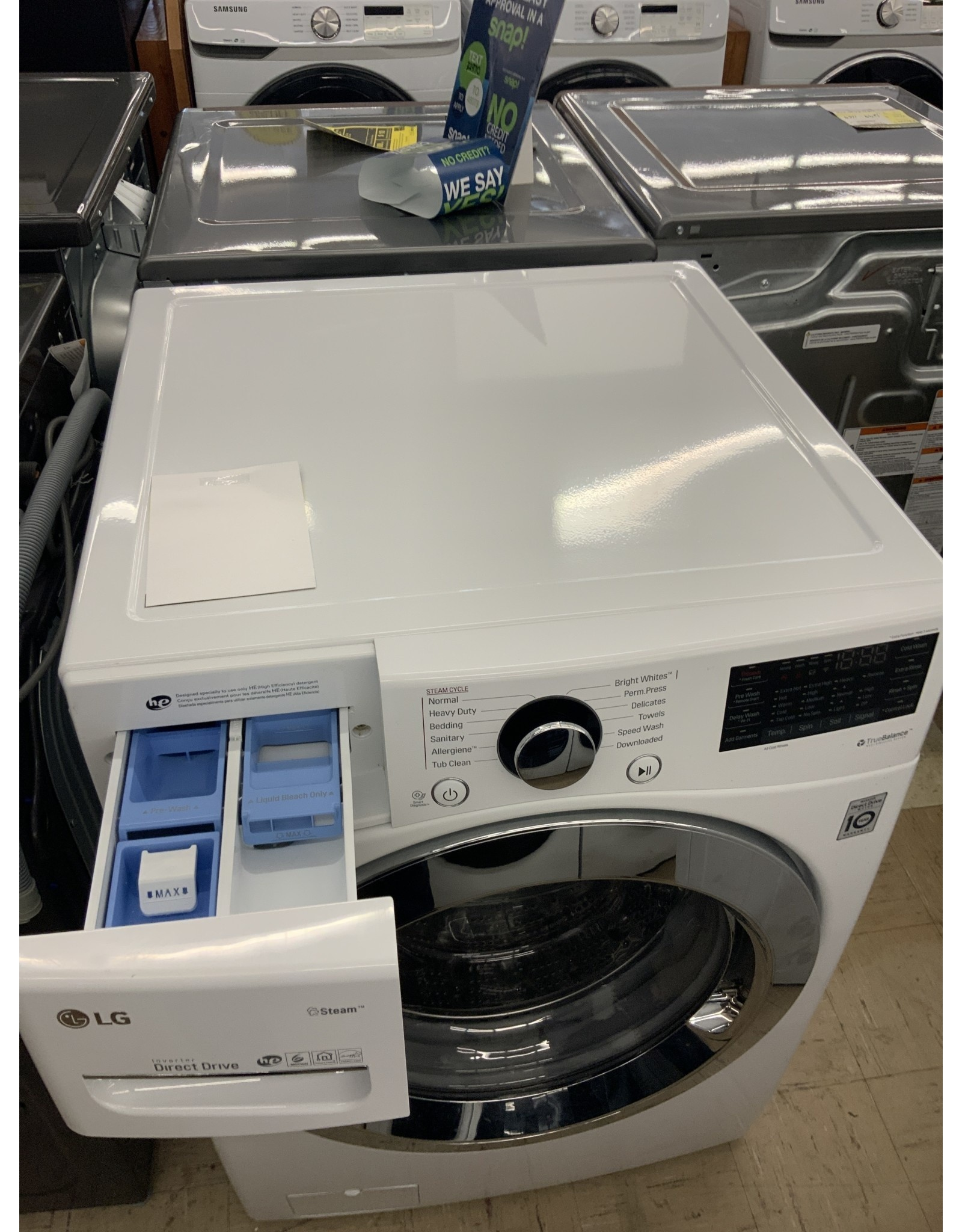 LG Electronics WM3700HWA 4.5 cu.ft. High Efficiency Ultra Large Smart Front Load Washer with Steam and Wi-Fi Enabled in White, ENERGY STAR
