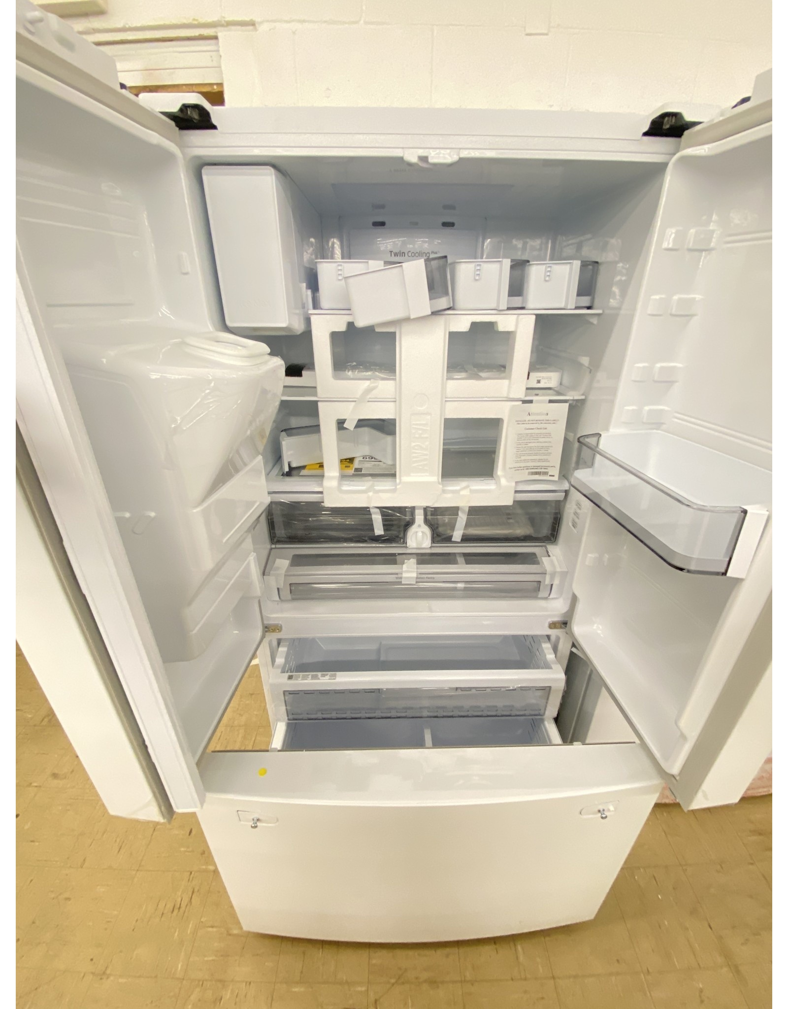 SAMSUNG RF23R6201WW 23 cu. ft. 3-Door French Door Refrigerator in White with CoolSelect Pantry, Counter Depth