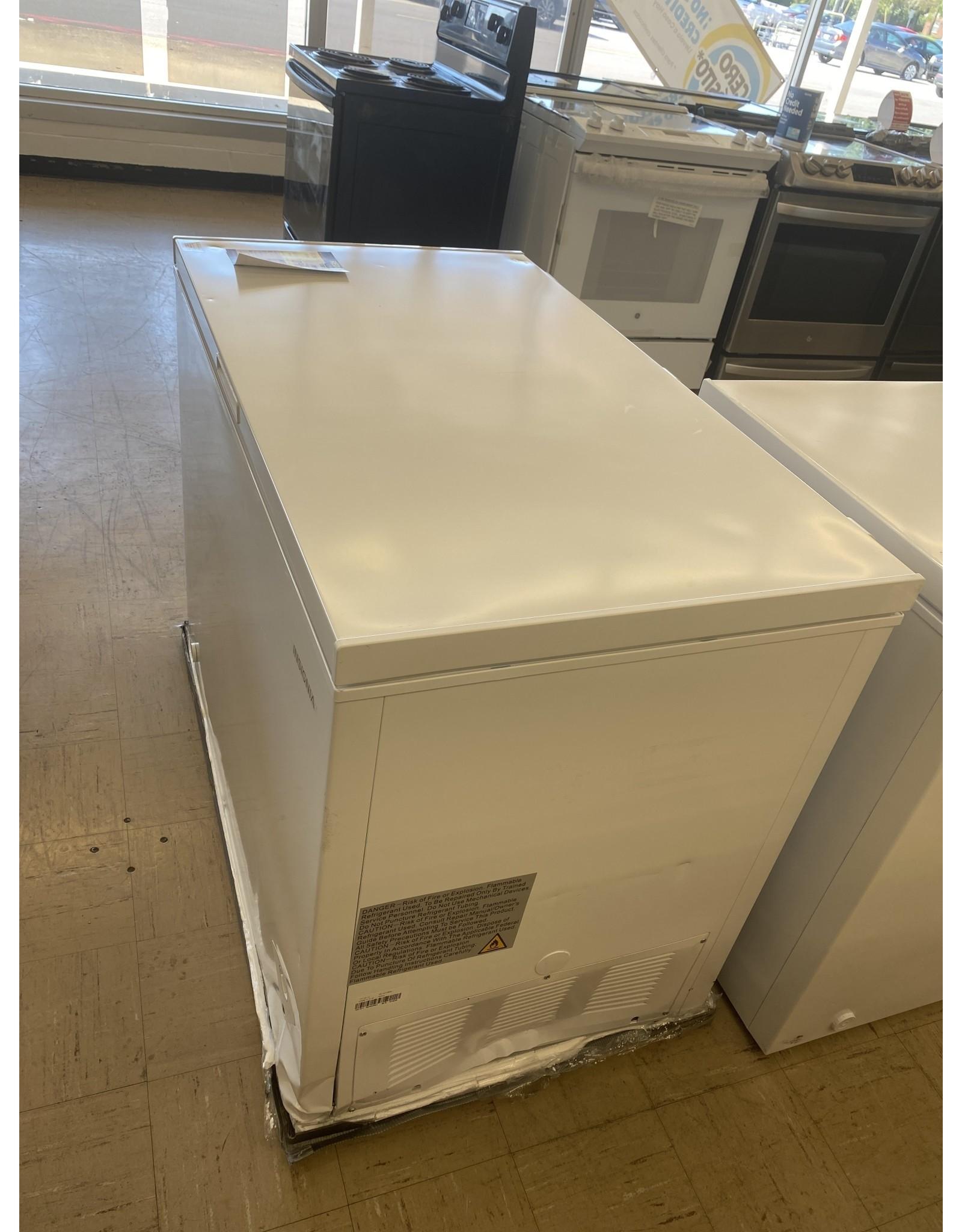 Insignia™ Insignia - 10.2 Cu. Ft. Chest Freezer - White Model: NS-CZ10WH6