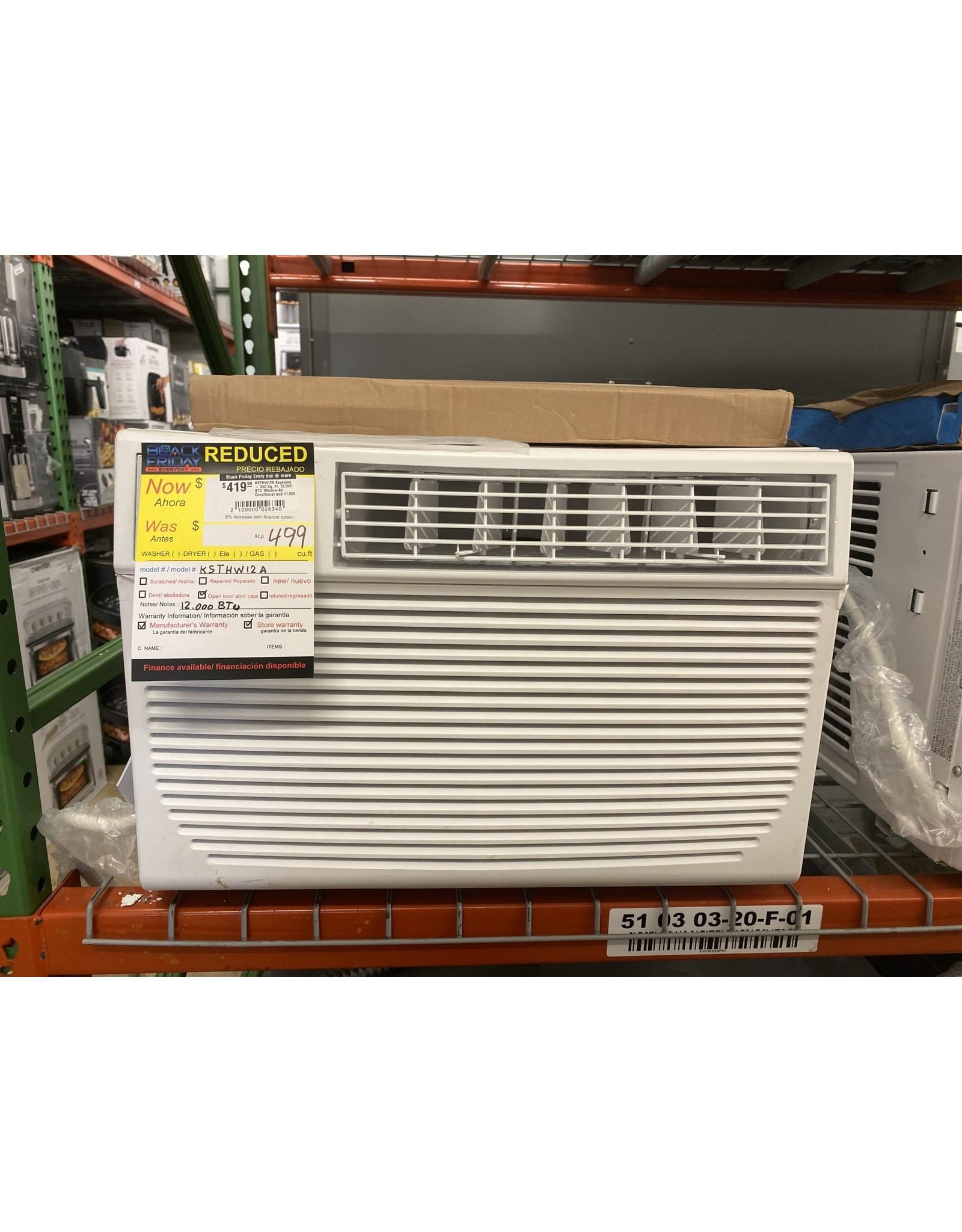 KEYSTONE KSTHW12A Keystone - 550 Sq. Ft. 12,000 BTU Window Air Conditioner and 11,000 BTU Heater - White