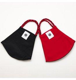 Red/Black solid pomchie mask