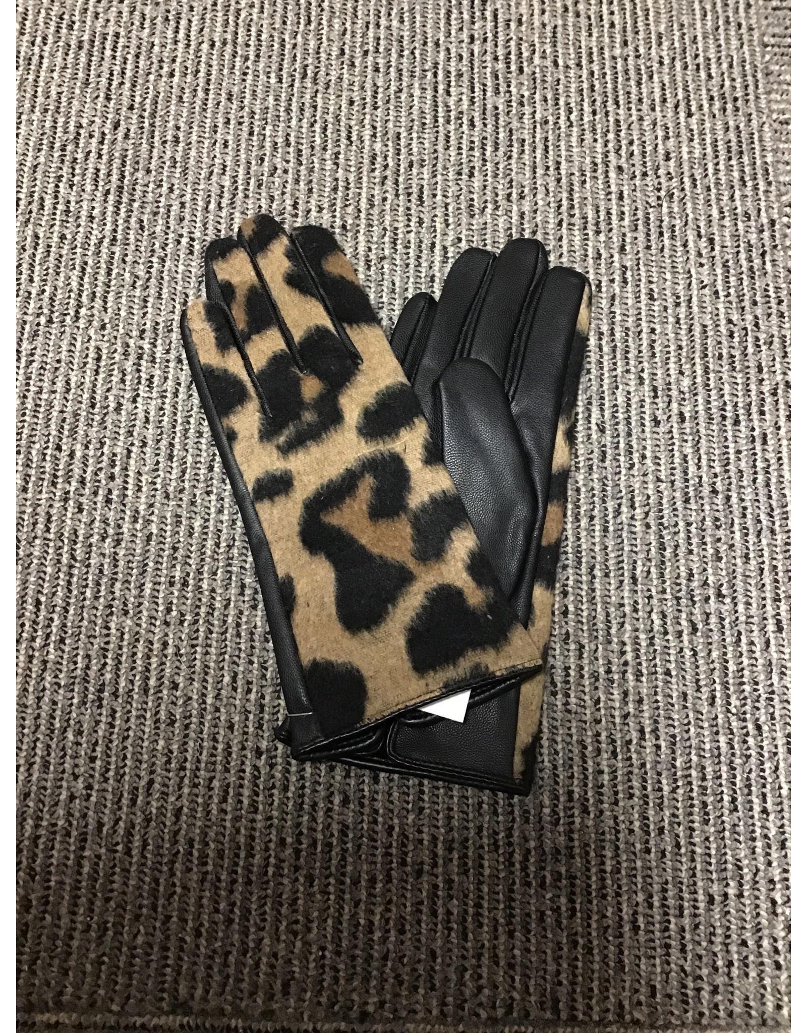 Leopard Glove/Brown
