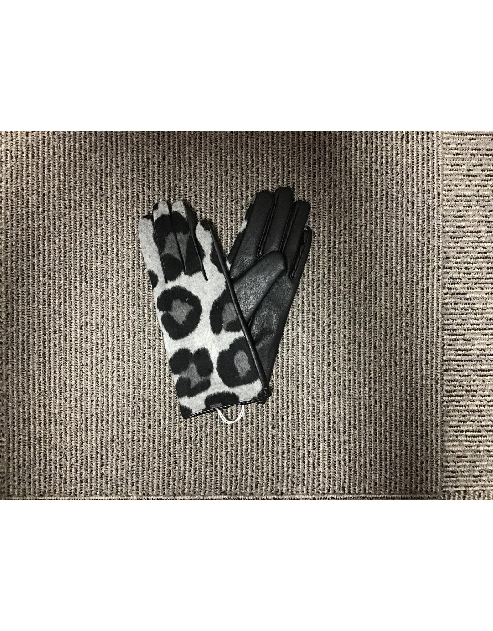 Mudpie Leopard Glove/Gray