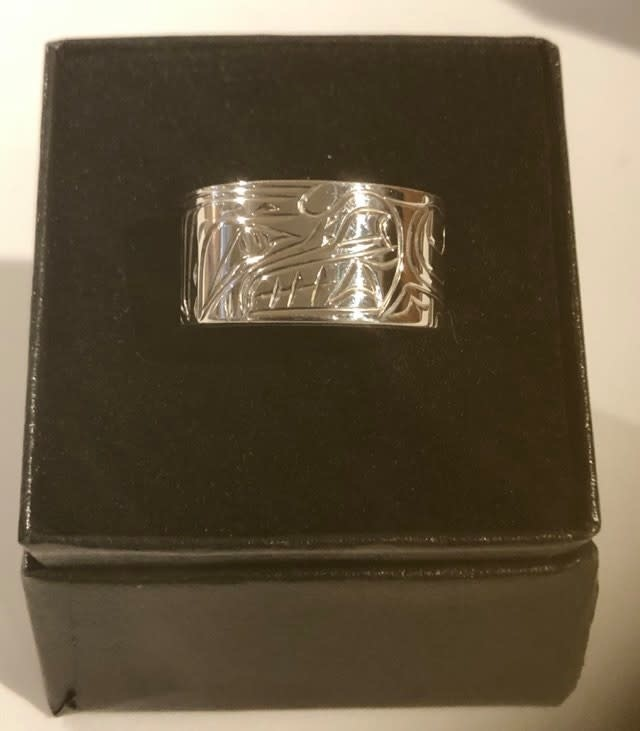 Hand carved silver rings by Nancy Dawson-4